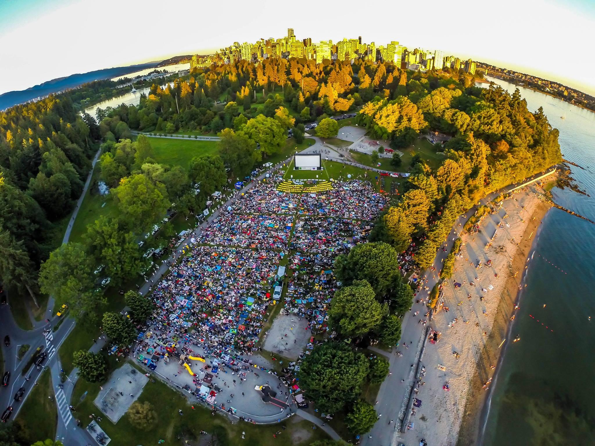 Evo-Summer-Cinema-crowd-at-Stanley-Park-in-summer