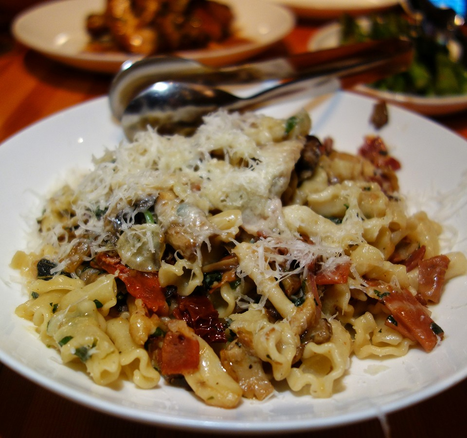Vancouver Retaurants - Tavola -Campanelle with mushrooms and prosciutto.