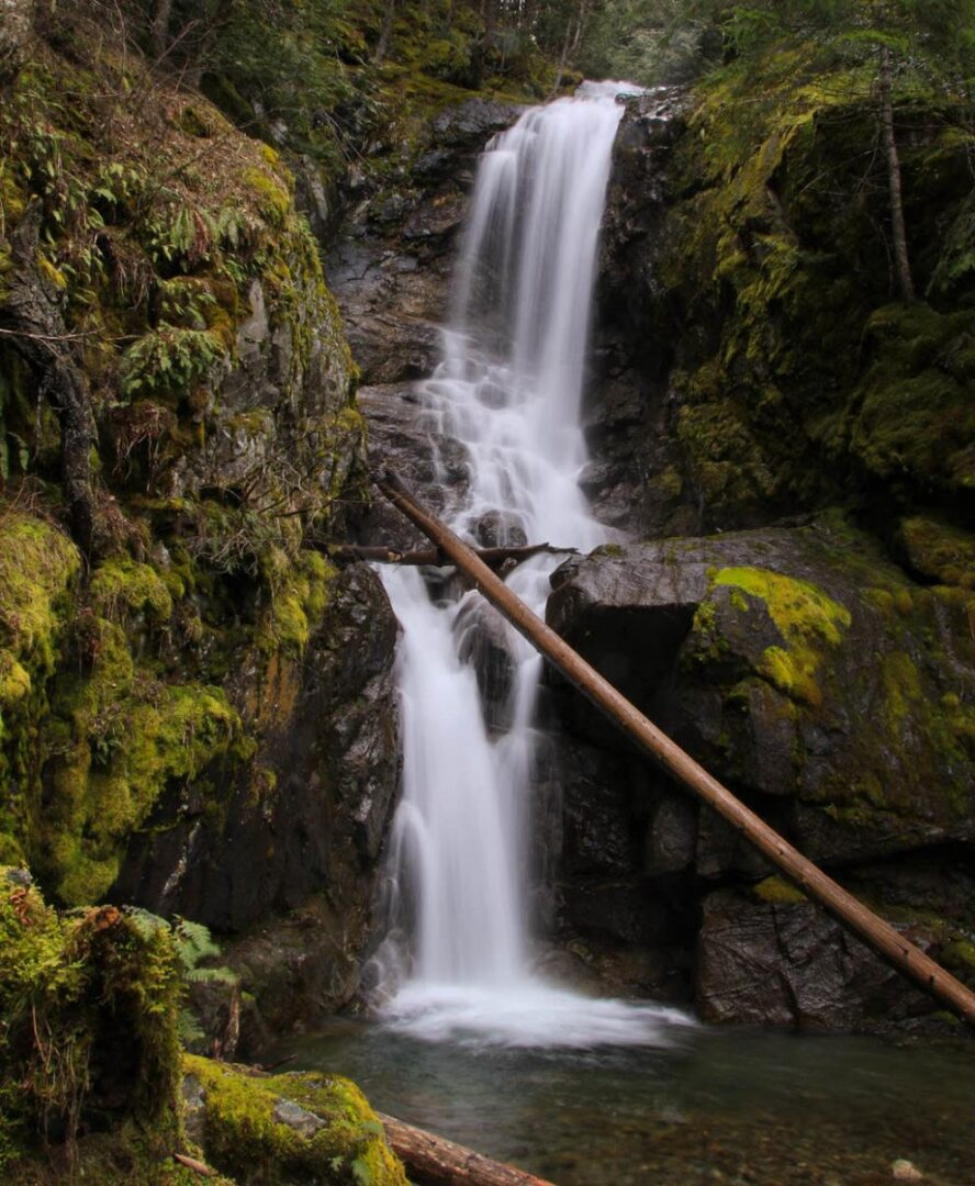 bosumarne falls swimming