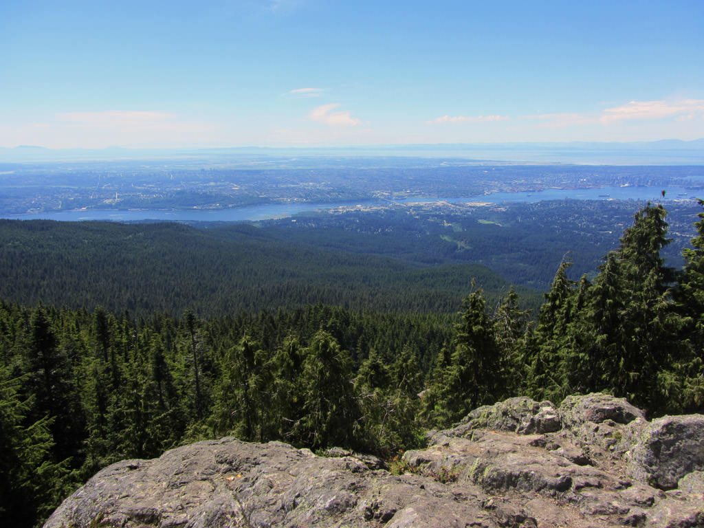 dog-mountain-hike-mount-seymour-view