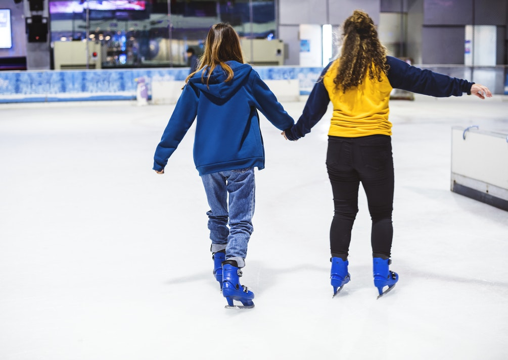 girls skating in Vancouver